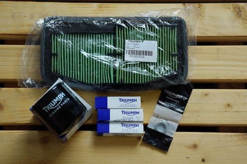 Triumph Sprint ST Service Kit With Genuine Parts / Filters