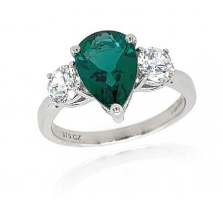 Pear cut emerald cocktail ring