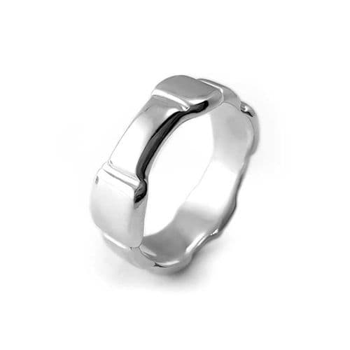 Large Irregular Ring