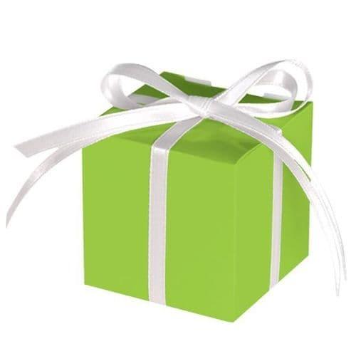 Kiwi Green Paper Treat Boxes 12 per pack.