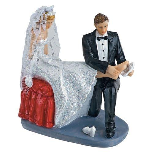 Resin Bride/ Groom Putting on Shoe