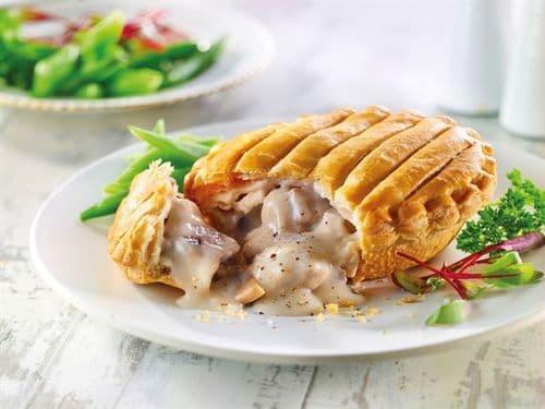 Chicken & Mushroom Pie baked  6 x 230g