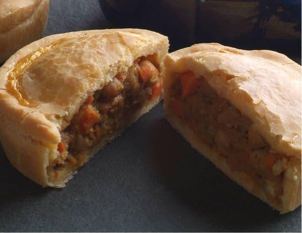 Moroccan Creamy Coconut & Chickepea Pie 225g x 4