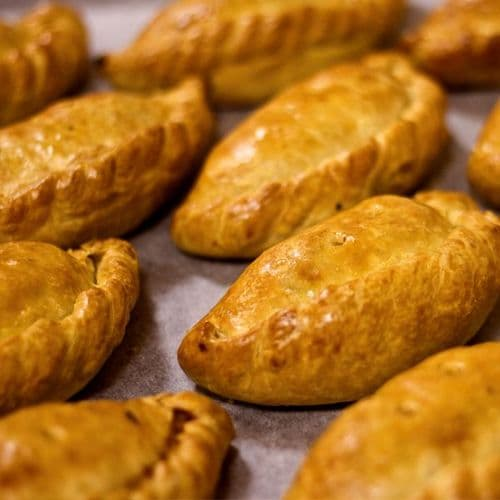 Unbaked Frozen Rowes Steak Cocktail Pasties 20 x 135g