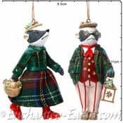 Gisela Graham -  Mr & Mrs Badger - Pair of  Decorations - 10cm