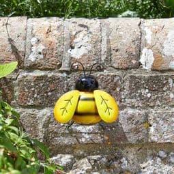 Metal Garden Bee - wall Hanger.
