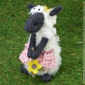 Super Soft - Spring Lamb - Choose form two designs -21cm