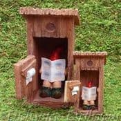 Vivid Arts-Miniature World - Gnaughty Gnome & Outhouse