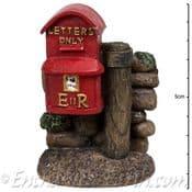 Vivid Arts- Miniature World - Royal Mail Countryside Red Post Box