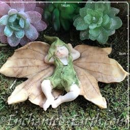 Woodland Dell Leaf Baby - Elven - 14cm.