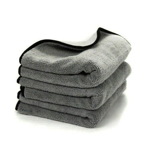 Chemical Guys Ultra Plush Microfiber Detailing Towel (3 Pack) - 16″ X 16″