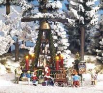 BUSCH BUS1415  HO SCALE  Christmas Pyramid