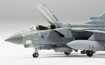 CORGI AVIATION ARCHIVE AA33616 1:72 SCALE Panavia Tornado GR4, Operation Ellamy